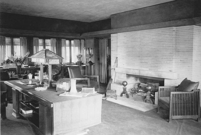 1918 - Fireplace