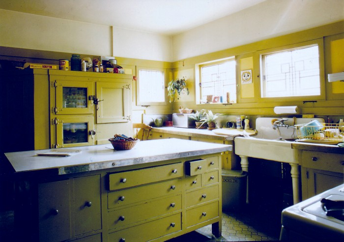 1973 - Kitchen